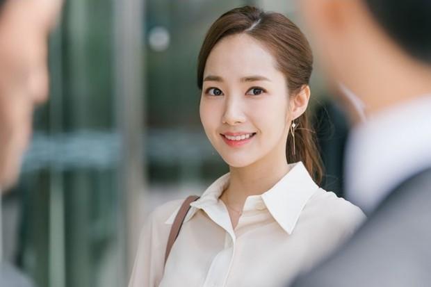 Idol như bản sao của nhân vật truyện tranh: Thư ký Kim thực chất là IU không phải Park Min Young, Jihyo giống cả chuyện tình - Ảnh 5.