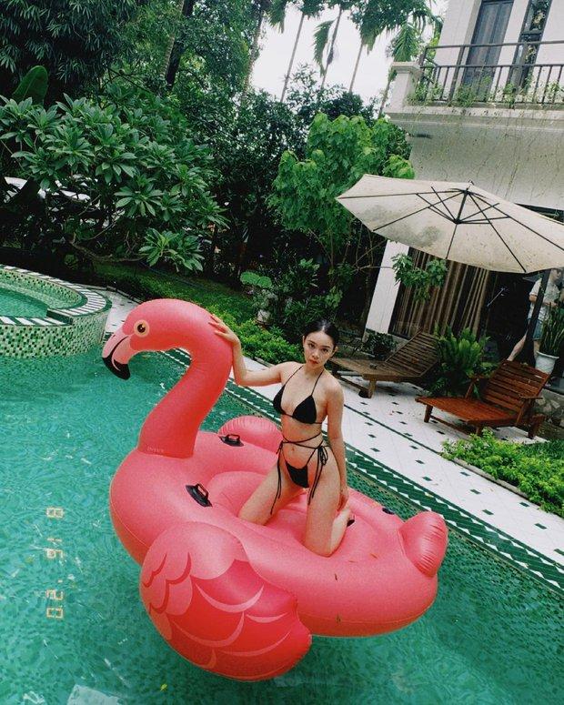 Tiểu thư RMIT khoe dáng siêu nuột bên bể bơi, đẹp thế này chắc khối người mơ ước - Ảnh 2.