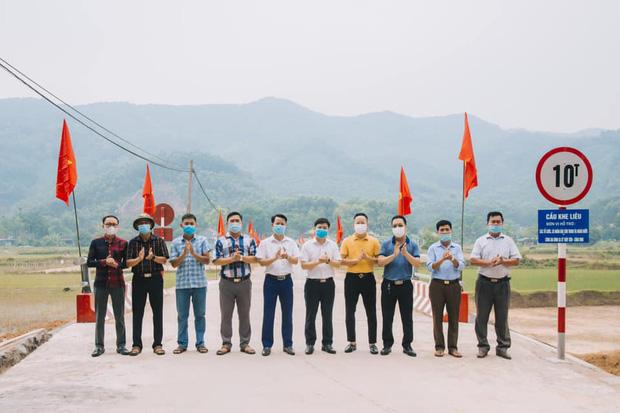 Thuỷ Tiên khánh thành 2 cây cầu hư hỏng do lũ lụt, chính thức kết thúc dự án hỗ trợ miền Trung - Ảnh 6.