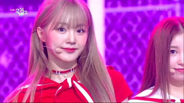 Xuất hiện nữ tân binh gây chú ý vì visual giống Irene (Red Velvet): Cũng từng là trainee SM, cân trọn hát, rap, nhảy? - Ảnh 4.