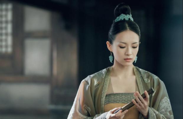 Cúc Tịnh Y át vía Nhiệt Ba ở Top 10 phim có view cao nhất mọi thời đại trên Youku, hạng 1 thuộc hàng kinh điển - Ảnh 1.
