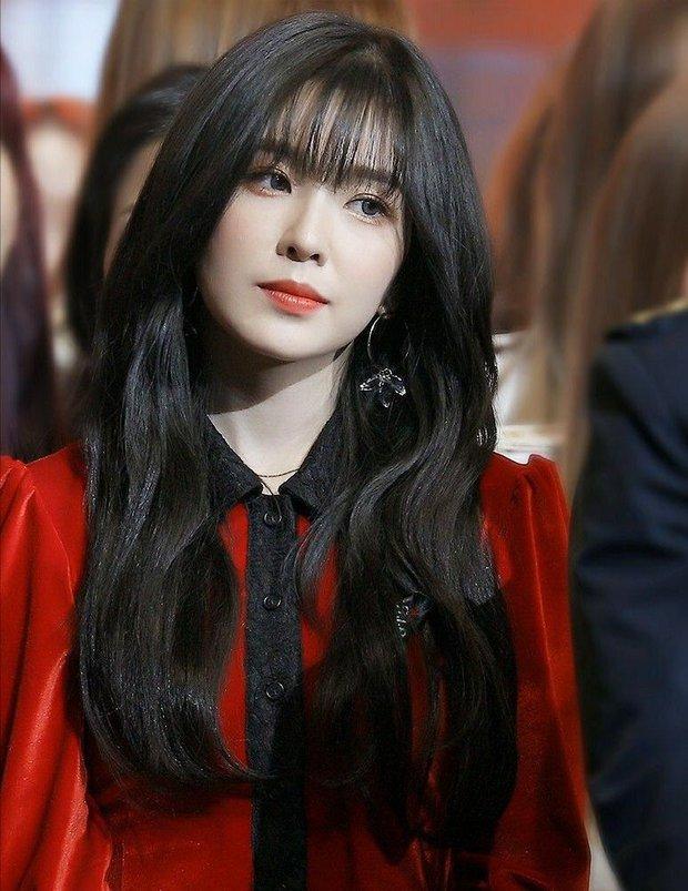 Idol như bản sao của nhân vật truyện tranh: Thư ký Kim thực chất là IU không phải Park Min Young, Jihyo giống cả chuyện tình - Ảnh 7.