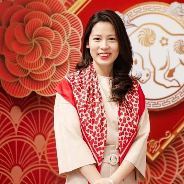 Người phụ nữ mua 2 tấn vải Bắc Giang để tặng miễn phí, khi được ngỏ ý trả tiền liền hướng dẫn mọi người ủng hộ Quỹ vaccine phòng Covid-19 - Ảnh 2.