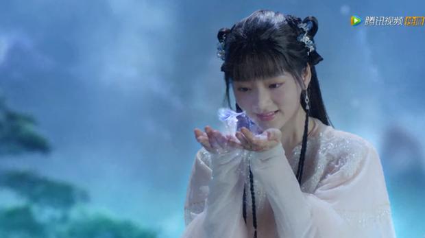 Tiêu Chiến đẹp thoát tục trong y phục trắng ở trailer Ngọc Cốt Dao, dậy thì thành công từ Ngụy Vô Tiện năm nào - Ảnh 6.