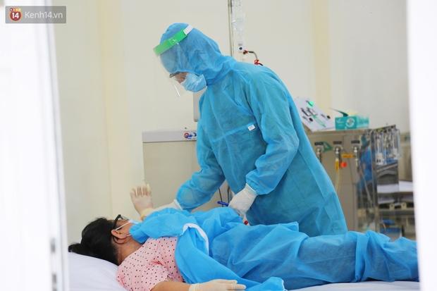 ẢNH: Bên trong khu điều trị đặc biệt dành cho người chạy thận nhân tạo, đưa từ điểm nóng cách ly Covid-19 - Ảnh 9.