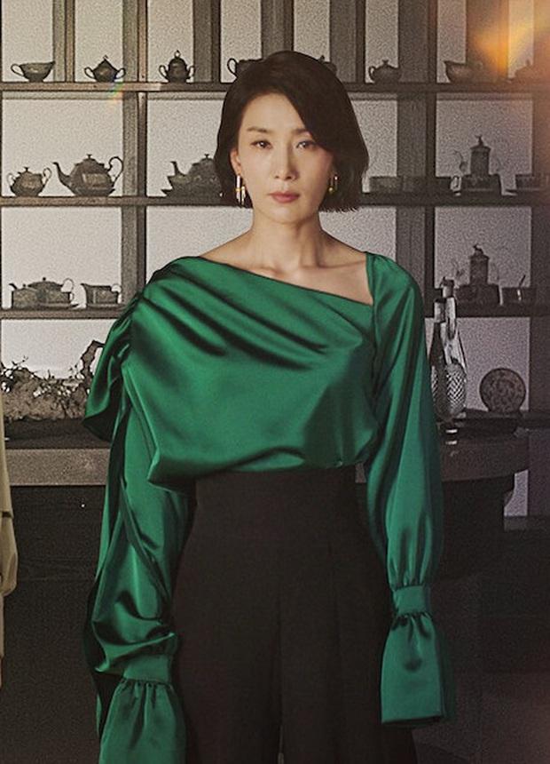 Ăn vận hay ho nhất Mine, mợ cả Kim Seo Hyung đã khuất phục những bộ cánh kén dáng thế nào? - Ảnh 5.
