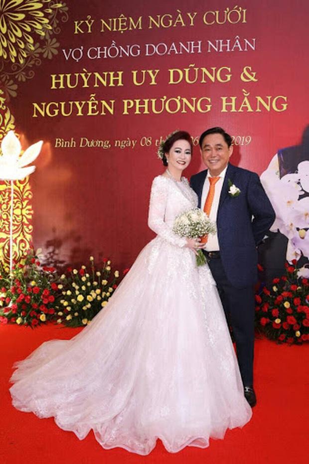 Bà Phương Hằng viết tâm thư gửi ông Dũng lò vôi kỷ niệm 15 năm ngày cưới: Nhiều lúc cứ ngỡ em sẽ chết vì sự nhẫn tâm ác độc của rất nhiều con người - Ảnh 5.