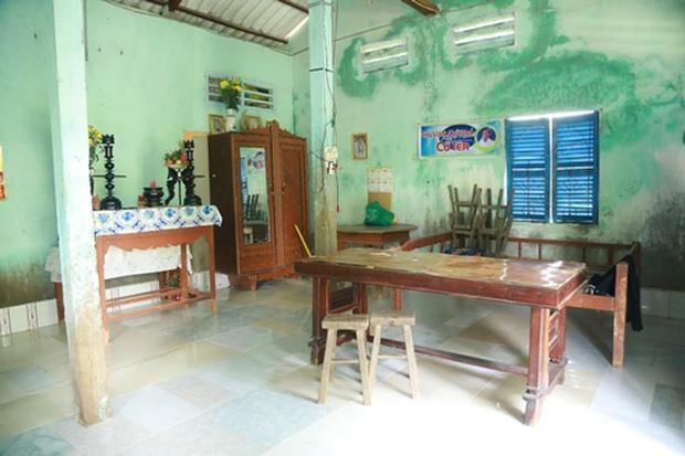 Cuộc sống của Hồ Văn Cường đã thay đổi thế nào từ khi làm con nuôi Phi Nhung, cứ nhìn căn nhà cấp 4 năm xưa là biết! - Ảnh 3.