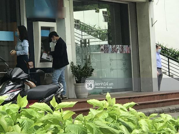 Độc quyền: Team hóng hớt lần đầu bắt gặp Sơn Tùng lái con Mẹc chục tỷ ra phố, buổi chiều của chủ tịch có khác người thường? - Ảnh 3.