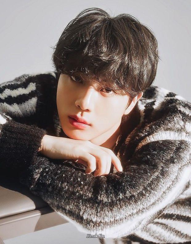 Tranh cãi BXH 7 sao nam đẹp trai nhất xứ Hàn: Gương mặt đẹp nhất thế giới V (BTS) và Sehun (EXO) cũng phải chào thua 1 nhân vật - Ảnh 22.