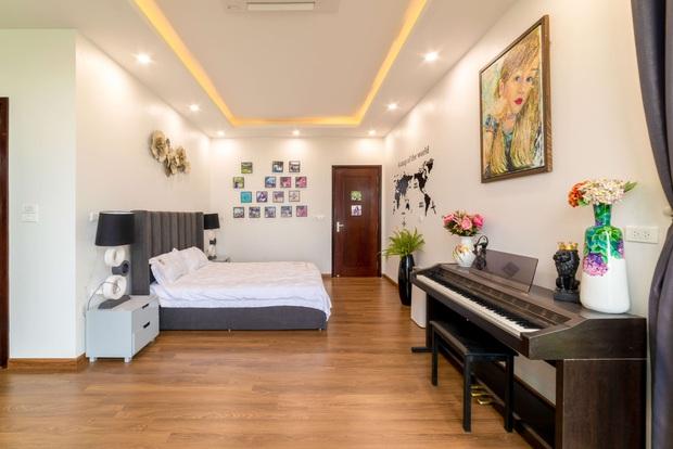 Căn nhà 5 tầng của vợ chồng Bát Tràng, thiết kế 3 ban công xanh nhưng vẫn đầu tư hẳn 400 triệu cho sân thượng 160m2 - Ảnh 12.