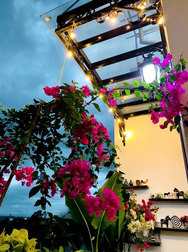 Căn nhà 5 tầng của vợ chồng Bát Tràng, thiết kế 3 ban công xanh nhưng vẫn đầu tư hẳn 400 triệu cho sân thượng 160m2 - Ảnh 15.