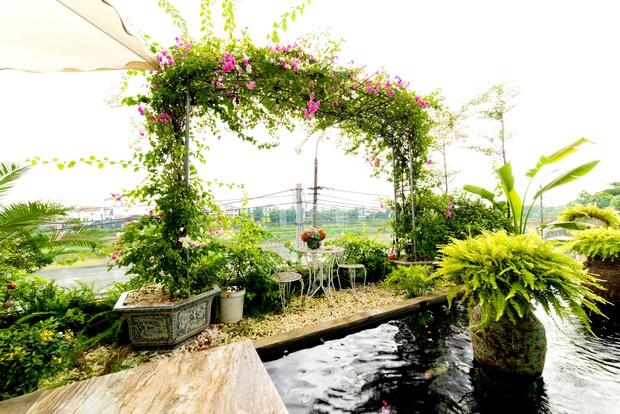 Căn nhà 5 tầng của vợ chồng Bát Tràng, thiết kế 3 ban công xanh nhưng vẫn đầu tư hẳn 400 triệu cho sân thượng 160m2 - Ảnh 5.