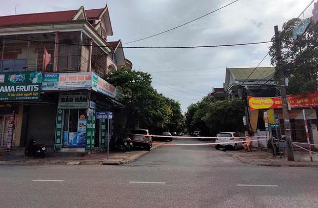 NÓNG: Giãn cách xã hội thành phố Hà Tĩnh từ 12 giờ hôm nay - Ảnh 2.