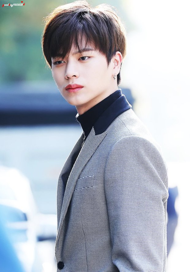 Tranh cãi BXH 7 sao nam đẹp trai nhất xứ Hàn: Gương mặt đẹp nhất thế giới V (BTS) và Sehun (EXO) cũng phải chào thua 1 nhân vật - Ảnh 18.