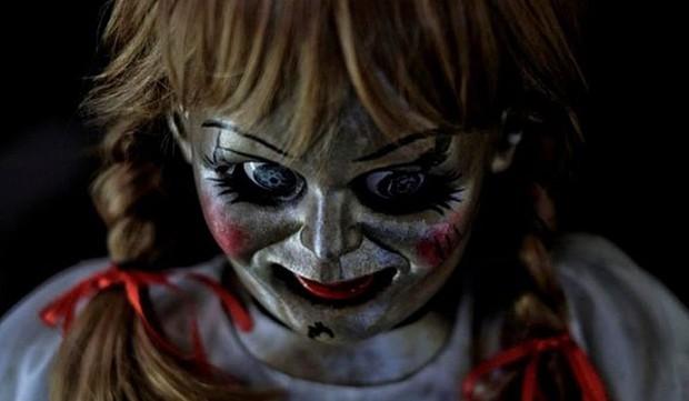"""10 cảnh ghê nhất từ vũ trụ The Conjuring: Top 1 kinh dị vẫn không phải """"chị đại"""" Annabelle? - Ảnh 15."""