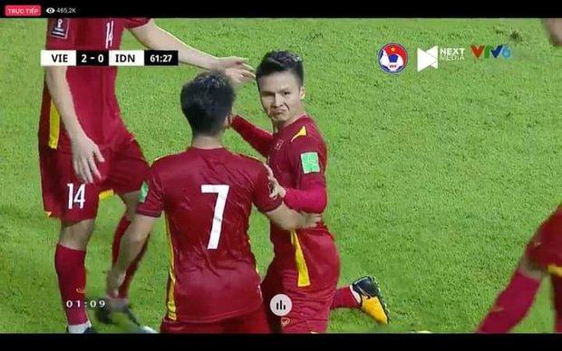 Việt Nam chốt đơn Indonesia 4-0, mạng xã hội bùng nổ loạt meme cực đỉnh, biểu cảm của Quang Hải chiếm trọn spotlight - Ảnh 6.