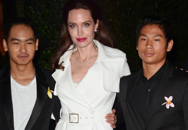 Quý tử gốc Việt Pax Thiên chính thức tốt nghiệp cấp 3, ai ngờ không đến dự lễ vì chính Angelina - Brad Pitt? - Ảnh 4.