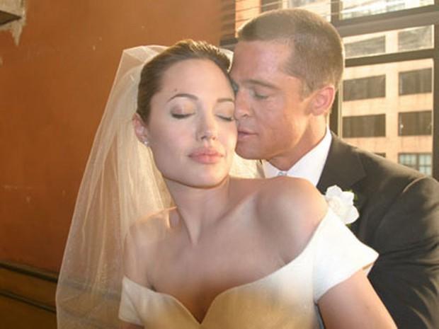 Hôn nhân đầu tiên của Brad Pitt: Tỏ tình trên thảm đỏ rồi toang vì tiểu tam Angelina, từ thù thành bạn với vợ cũ sau 15 năm - Ảnh 9.
