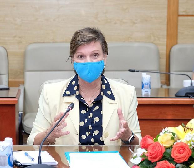 Bộ trưởng Bộ Y tế: Các nguồn vaccine Covid-19 về Việt Nam rất chậm - Ảnh 3.
