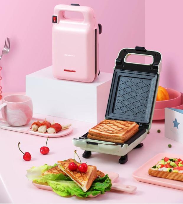 Ở nhà không la cà sắm ngay máy kẹp nướng bánh mì siêu xinh siêu tiện, thành phẩm ngon như ngoài tiệm - Ảnh 3.