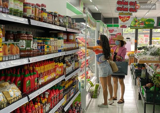 Có gì bên trong cửa hàng WinMart+ kết hợp với Phúc Long lần đầu tiên xuất hiện ở Sài Gòn? - Ảnh 4.