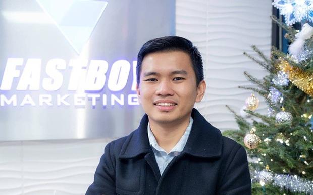 Triệu phú đô la người Việt bất ngờ lên mạng cầu cứu, gọi tên cả Hiếu PC để xin hỗ trợ - Ảnh 1.