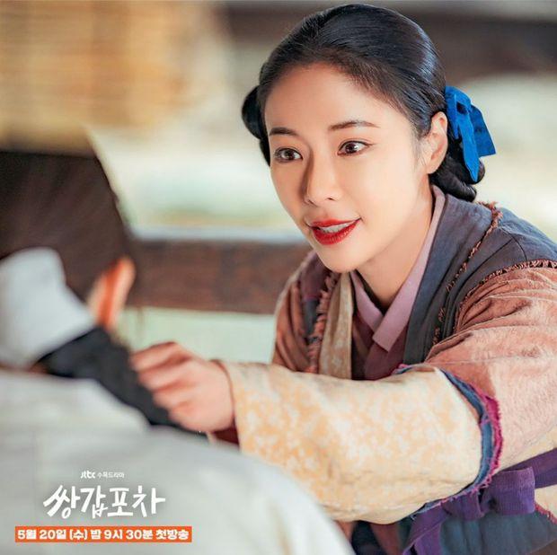 4 diễn viên Hàn đóng phim bao năm vẫn diễn hoài một nét: Xem Lee Min Ho làm đại gia mãi mà ngán tận cổ! - Ảnh 3.