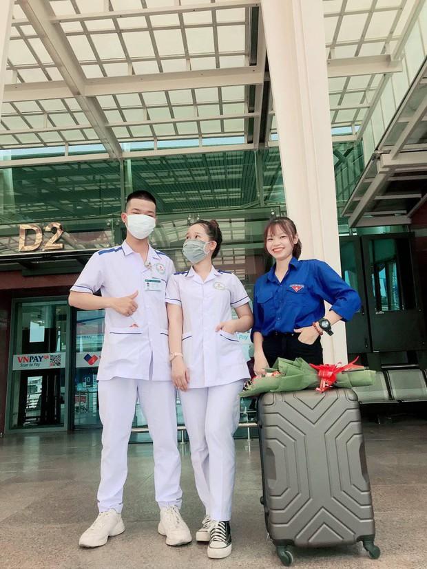 Nam sinh 2k2 cạo đầu từ Quảng Nam ra Bắc Giang tham gia chống dịch: Mỗi lần gọi về nhà chẳng dám nói chuyện quá 1 phút vì sợ mẹ khóc - Ảnh 2.