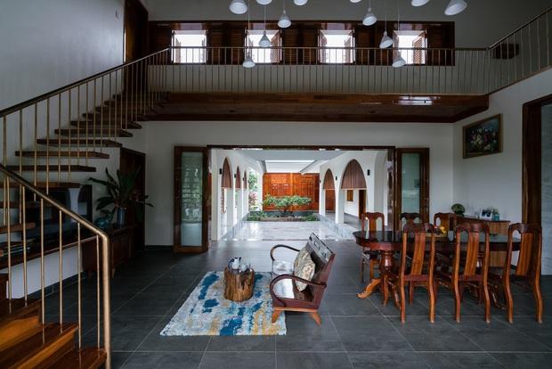 Chuẩn con trai nhà người ta: Chàng 8x xây nhà 200m2 giữa núi đồi Bình Định tặng bố mẹ, đặt tên An Lão  - Ảnh 16.