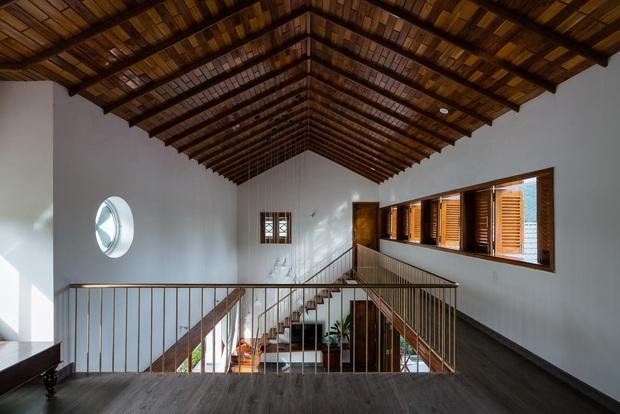 Chuẩn con trai nhà người ta: Chàng 8x xây nhà 200m2 giữa núi đồi Bình Định tặng bố mẹ, đặt tên An Lão  - Ảnh 17.