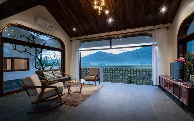 Chuẩn con trai nhà người ta: Chàng 8x xây nhà 200m2 giữa núi đồi Bình Định tặng bố mẹ, đặt tên An Lão  - Ảnh 9.