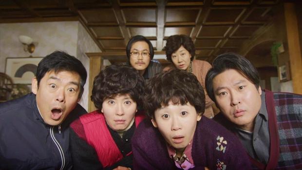6 hội bạn cực phẩm ở phim Hàn: Đội F5 Hospital Playlist gây mê khán giả, Song Joong Ki dẫn đầu rạp xiếc trung ương - Ảnh 21.