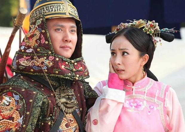 Dương Mịch sốc nặng khi Phùng Thiệu Phong đòi thêm cảnh hôn khi mới 17 tuổi, thái độ 2 người năm đó gây bất ngờ - Ảnh 2.