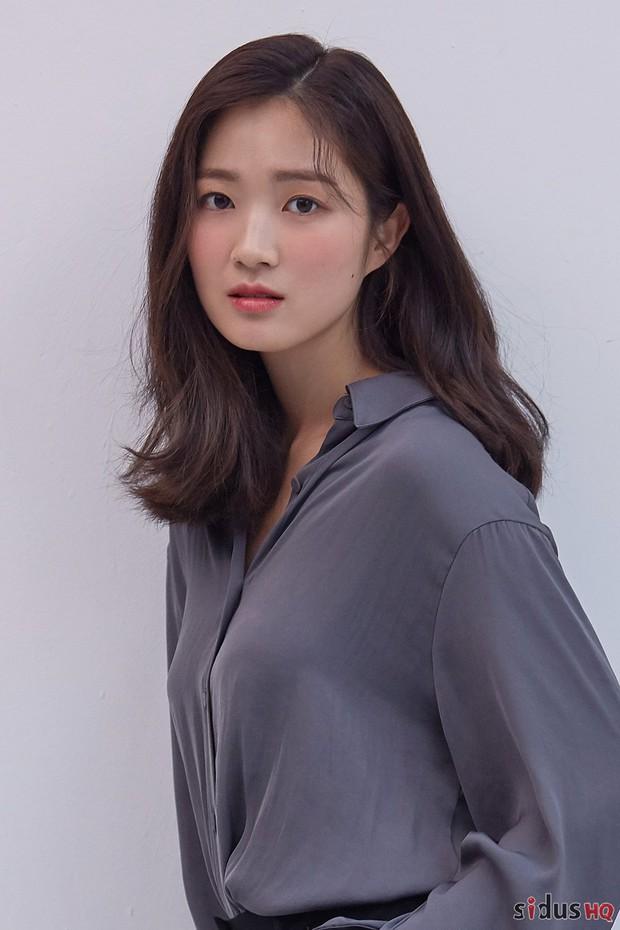 Tranh cãi BXH nữ diễn viên đẹp nhất xứ Hàn: Hai sao nhí một thời đè bẹp đàn chị, loạt mỹ nhân đình đám mất hút - Ảnh 6.