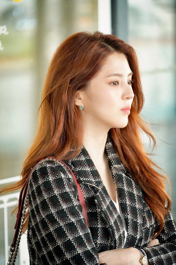 6 sao Hàn đổi đời sau một vai diễn: Lee Do Hyun hốt đậm vì làm người tình IU, Han So Hee thăng hạng nhờ drama 19+ - Ảnh 5.