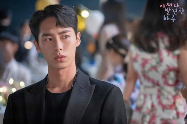 6 sao Hàn đổi đời sau một vai diễn: Lee Do Hyun hốt đậm vì làm người tình IU, Han So Hee thăng hạng nhờ drama 19+ - Ảnh 11.