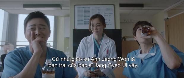 Hospital Playlist 2 có bùng binh quan hệ rối hơn cả Penthouse: Ik Jun một bước từ bạn thân thành bố vợ Jeong Won? - Ảnh 13.