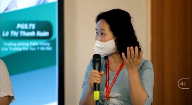 """PGS Lê Thị Thanh Xuân: """"Nếu bạn thực sự yêu bản thân và yêu cộng đồng, yêu nghĩa là không chờ đợi và tiêm vắc xin là không chờ đợi"""" - Ảnh 2."""