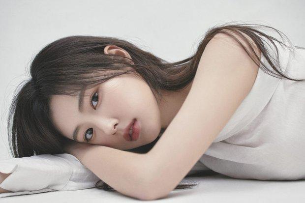 Nữ diễn viên có ảnh profile đỉnh nhất theo Knet: Jisoo - Kim Yoo Jung so kè khốc liệt, mỹ nhân mặt đơ của IZ*ONE bất ngờ có tên - Ảnh 24.