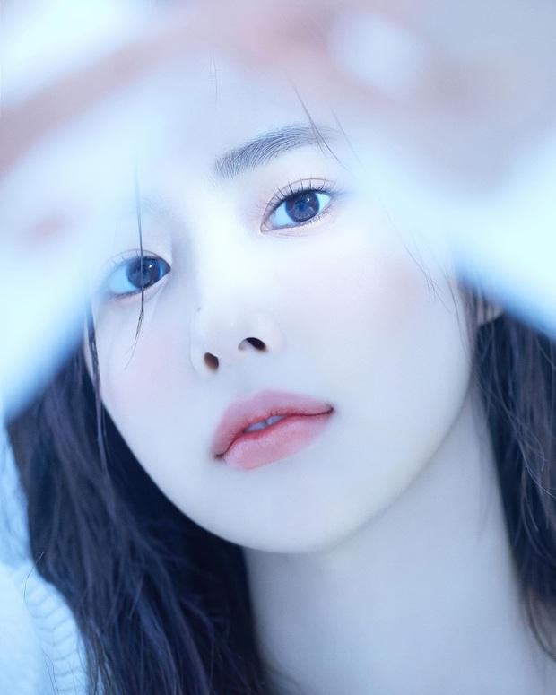 Nữ diễn viên có ảnh profile đỉnh nhất theo Knet: Jisoo - Kim Yoo Jung so kè khốc liệt, mỹ nhân mặt đơ của IZ*ONE bất ngờ có tên - Ảnh 22.