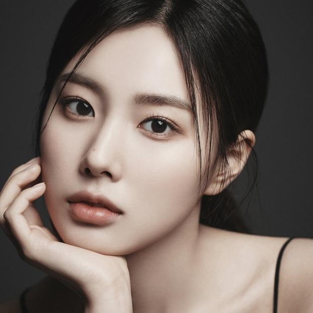 Nữ diễn viên có ảnh profile đỉnh nhất theo Knet: Jisoo - Kim Yoo Jung so kè khốc liệt, mỹ nhân mặt đơ của IZ*ONE bất ngờ có tên - Ảnh 19.