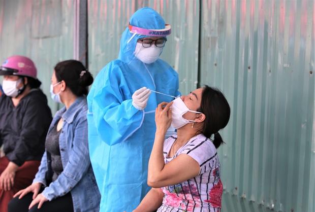 KHẨN: Đà Nẵng tìm người đến các địa điểm liên quan ca nhiễm SARS-CoV-2 chưa rõ nguồn lây - Ảnh 2.