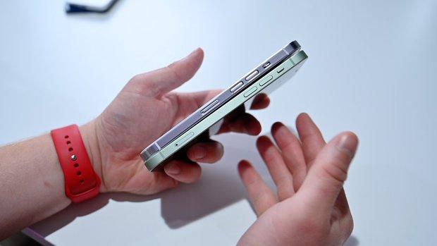 So sánh nhanh mô hình các mẫu iPhone 13 sắp ra mắt với iPhone 12 - Ảnh 5.