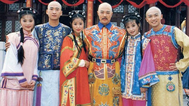 Clip siêu hiếm của Hoàn Châu Cách Cách: Tiểu Yến Tử - Tử Vy vẫn chưa cạch mặt Nhĩ Khang, nhìn lại chỉ thấy tiếc hùi hụi - Ảnh 1.