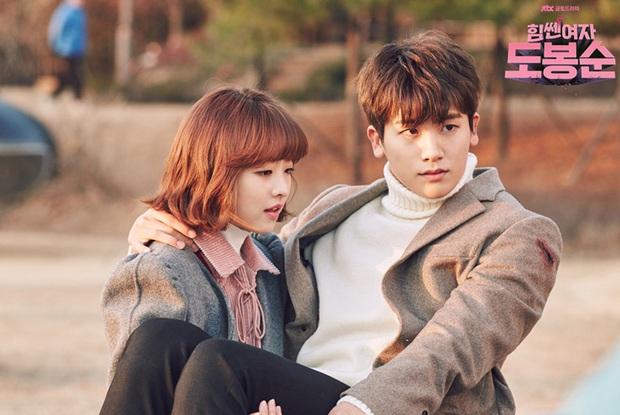15 phim Hàn đỉnh của chóp do netizen quốc tế bình chọn, nhờ phim giả tình thật mà Son Ye Jin - Hyun Bin chốt vị trí đầu - Ảnh 13.