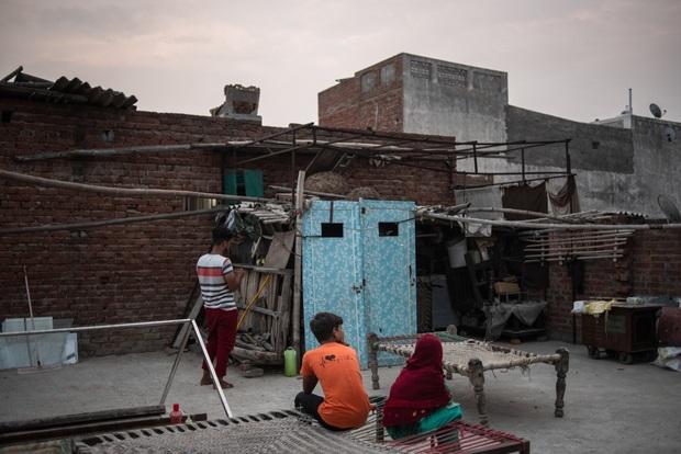 Mẹ ơi, khi nào mẹ về?: Câu chuyện đau lòng của những đứa trẻ đột ngột mồ côi sau địa ngục Covid ở Ấn Độ - Ảnh 8.