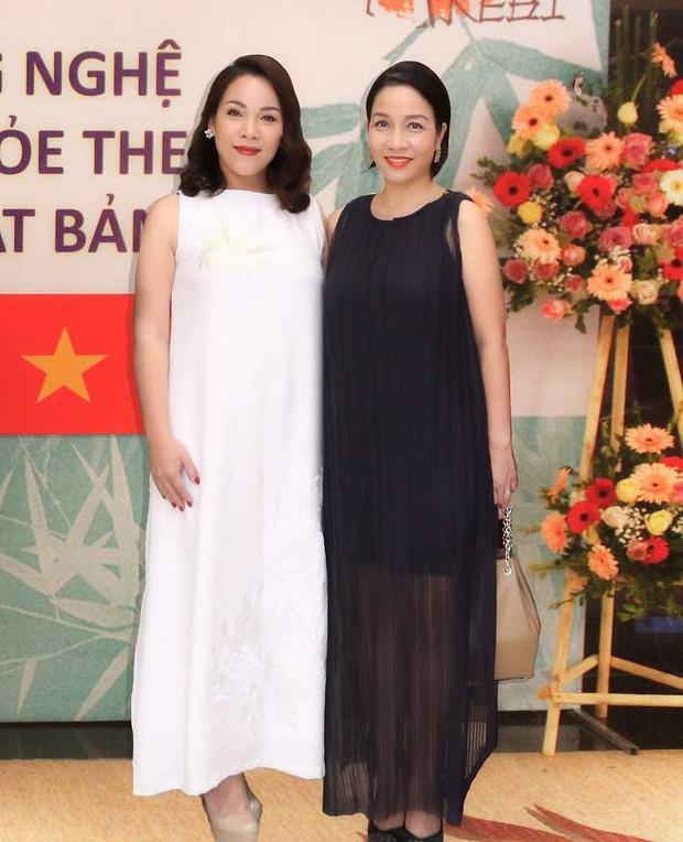 NSND Hồng Vân, Minh Nhí cùng dàn nghệ sĩ há hốc vì giọng hát của em gái ruột Diva Mỹ Linh - Ảnh 7.