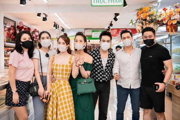 Cá sấu chúa Quỳnh Nga hiếm lắm mới hội ngộ chàng IT Minh Tiệp sau 12 năm, nhưng netizen chỉ chăm chăm ship với Việt Anh - Ảnh 5.