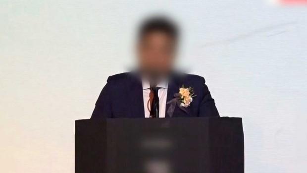 NÓNG: Cảnh sát điều tra khẩn tiệc thác loạn của đại gia và dàn sao Hàn, 1 nữ idol nổi tiếng đã bị tìm ra danh tính - Ảnh 2.